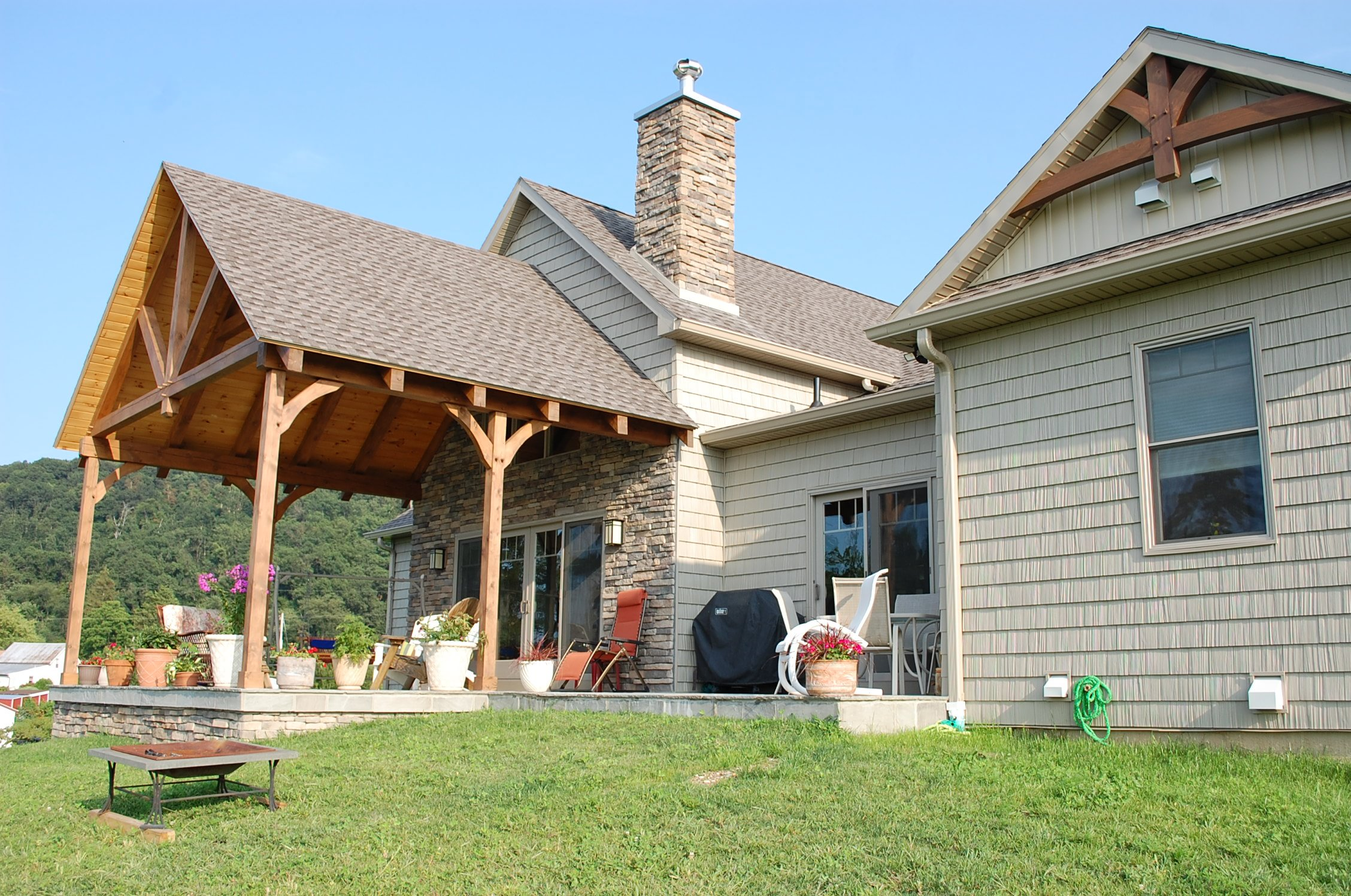 Covered patio on Timber frame in Smithsburg, MD built by Mt. Tabor Builders