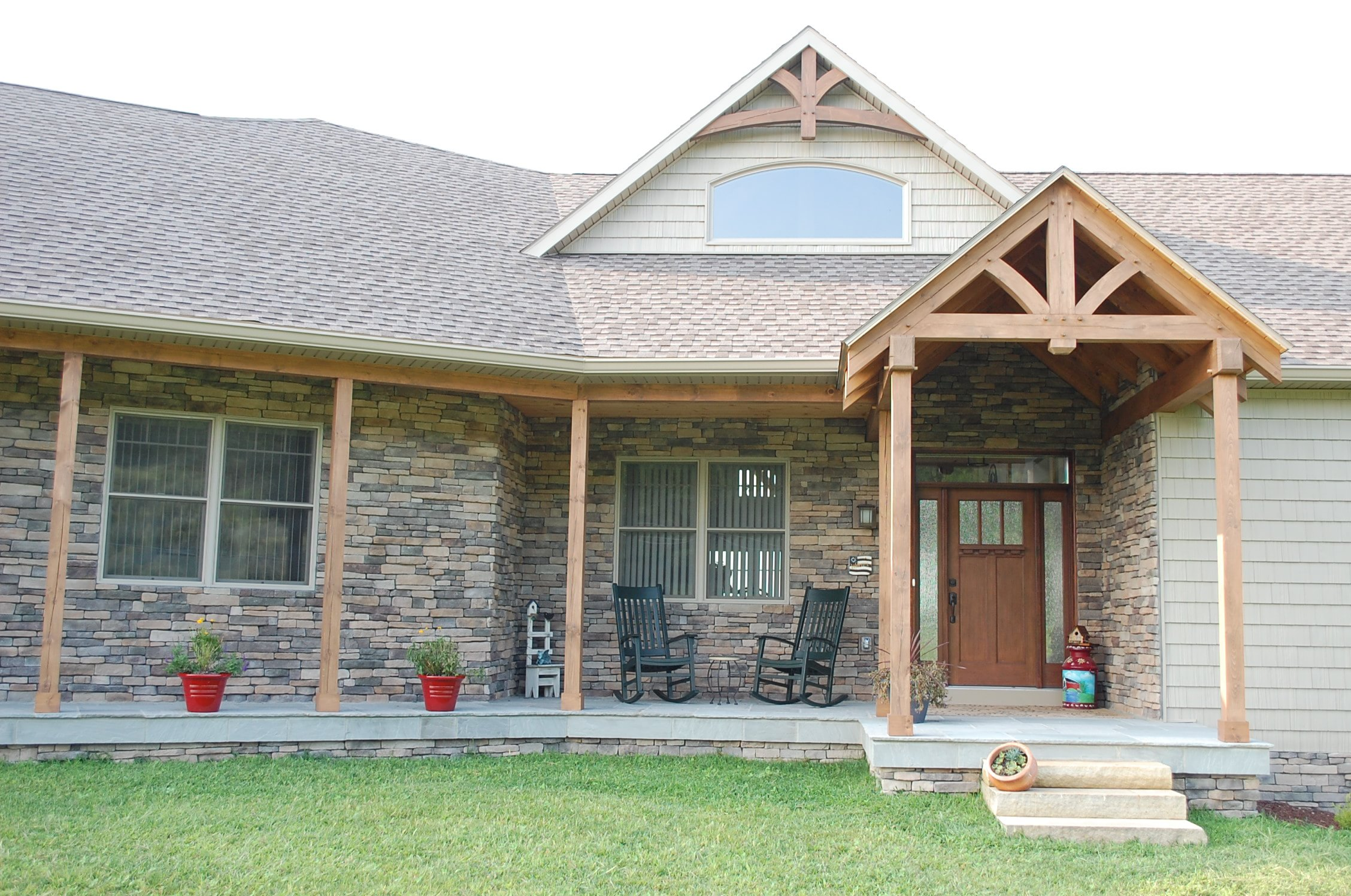 Front porch on Timber frame in Smithsburg, MD built by Mt. Tabor Builders