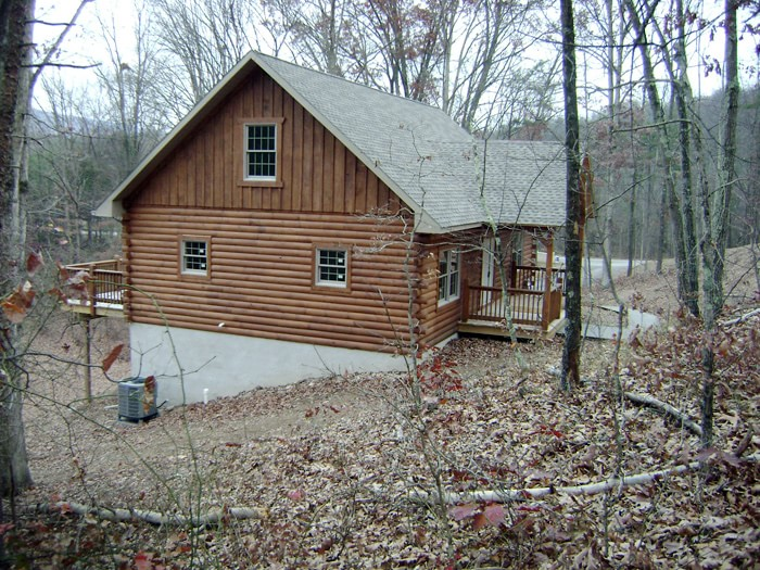 Log cabin built by Mt. Tabor Builders