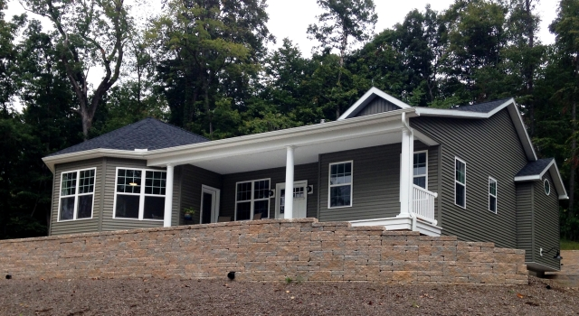 custom rancher home in Sharpsburg, MD