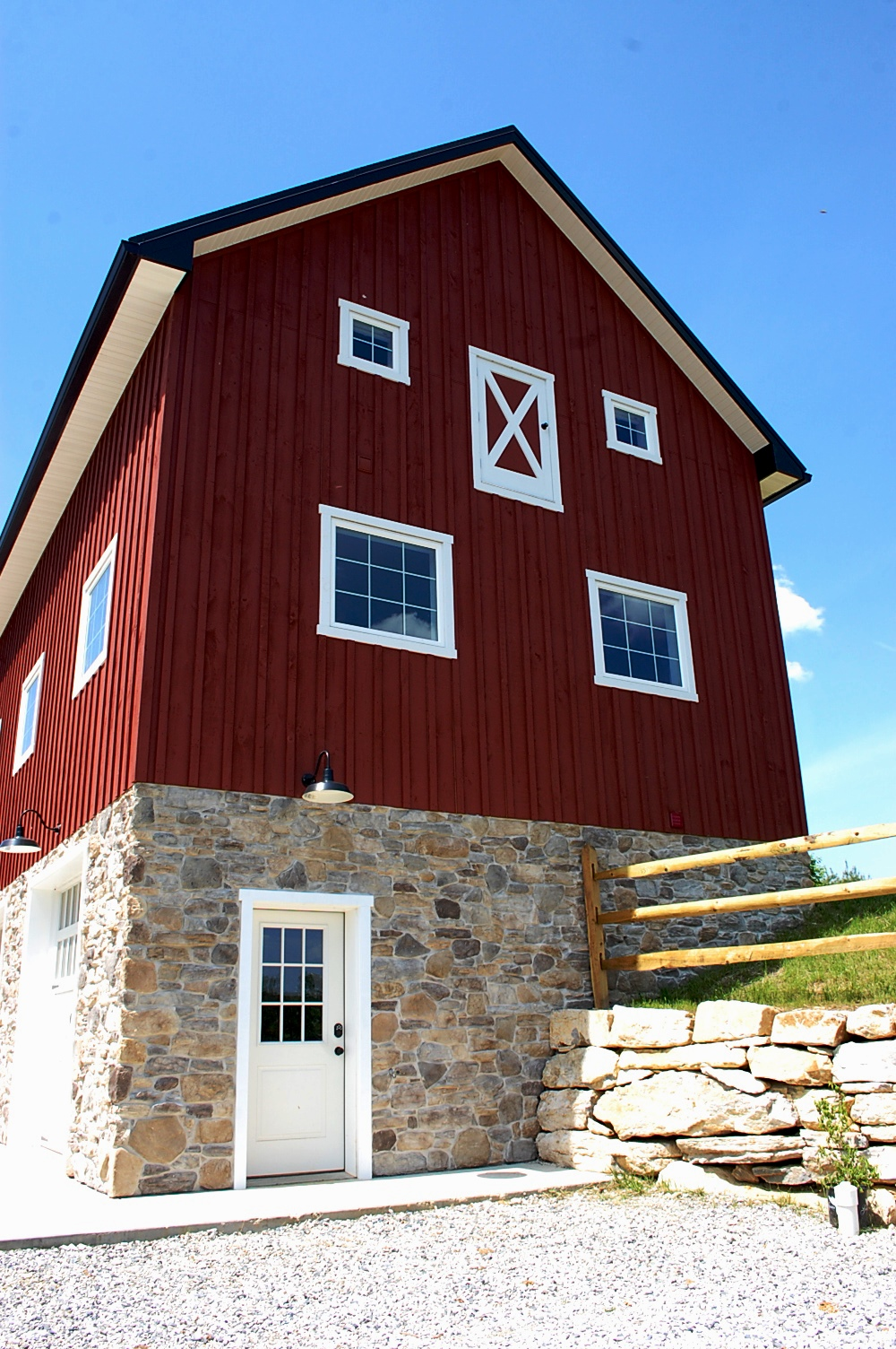 Custom Barn by Mt. Tabor Builders in Sharpsburg, MD