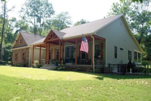 Custom craftsman-style home in Sharpsburg, MD built by Mt. Tabor Builders of Clear Spring, MD