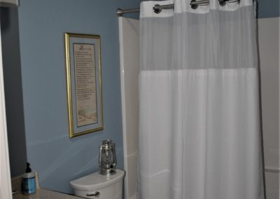 Williamsport, MD Cape Cod bathroom in custom home built by Mt. Tabor Builders