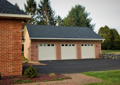 Custom garage in Hagerstown, MD built by Mt. Tabor Builders of Clear Spring, MD